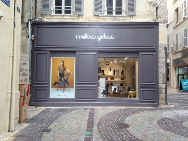 Enseigne lumineuse en tube n on pour la boutique mellow yellow avignon nos realisations - Mellow yellow boutique ...